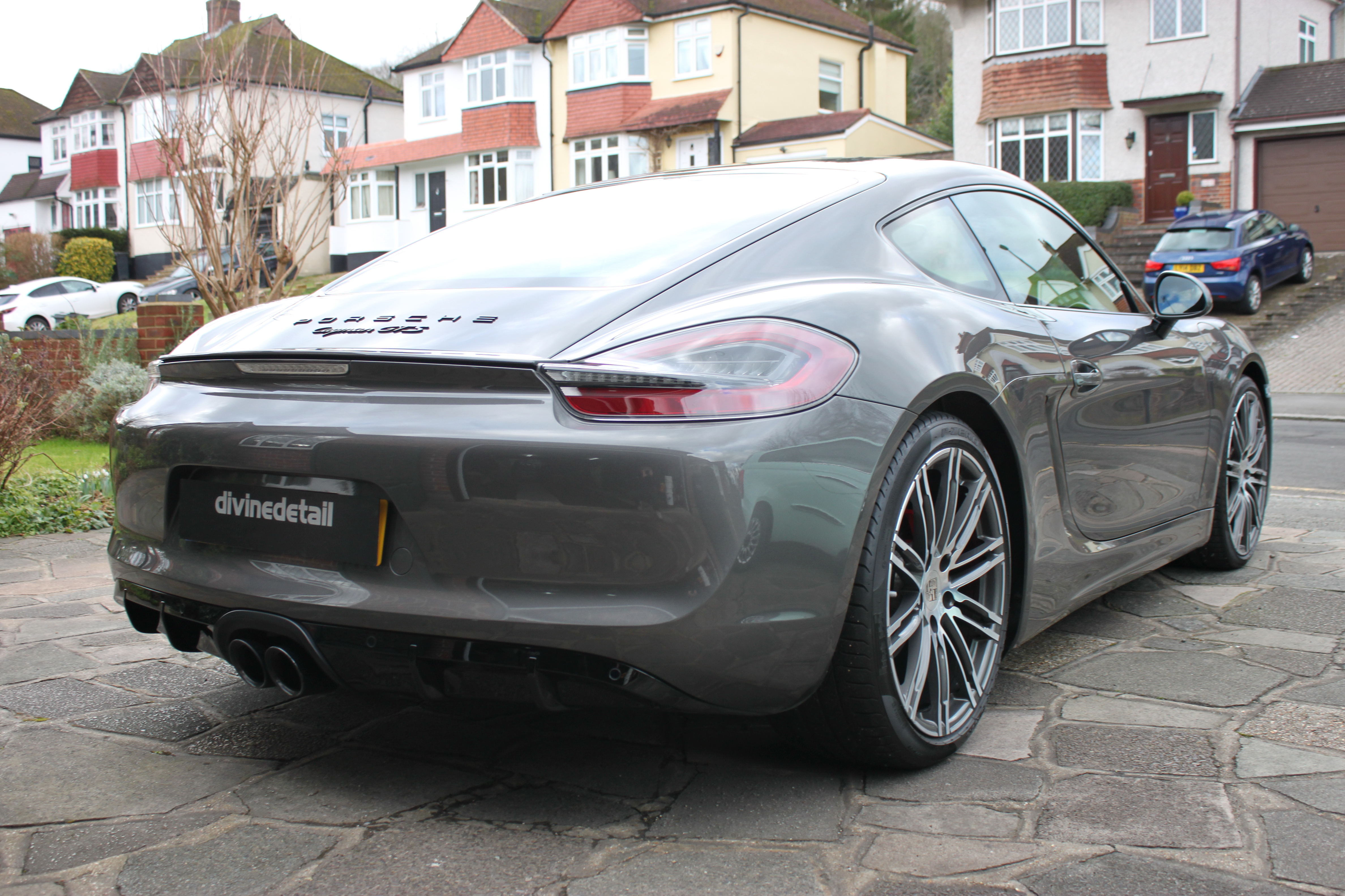 Porsche Cayman GTS detail